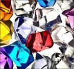"""depreska """"***"""" (2009-10-17 21:28:59) komentarzy: 8, ostatni: Bo te kryształki są takie niedorobione, trochę matowe, trochę lśniace, trochę kanciaste, trochę wygadzone, poszarpane itp. Nawet na żywo mają kiepską jakość ;)"""