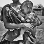 """Dorota Łajło """"karmienie pisklaka-afrykanski syndrom"""" (2009-10-18 22:42:37) komentarzy: 12, ostatni: bardzo"""