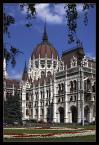 """Wojtek K. """"Parlament w Budapeszcie."""" (2009-10-30 19:40:53) komentarzy: 6, ostatni: Świetny kadr.... Ile razy tam byłem zawsze było gorąco...."""