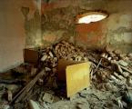 """weisfeldt """"stalker 03. sypialnia."""" (2009-12-10 00:50:56) komentarzy: 2, ostatni: to łóżeczko w kącie.."""