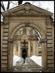 """kazan48 """"Brama z portalem do kościoła św. Salezego - Kraków"""" (2010-02-03 12:23:56) komentarzy: 9, ostatni: Architektura jest wystarczająco piękna bez człowieka kadrze"""