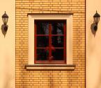 """kriswit """"Okna #4"""" (2010-05-16 19:32:27) komentarzy: 4, ostatni: fajny ten cień nad gzymsem, ożywia ten precyzyjny kadr :)"""