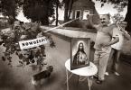 """Zbigniew Woźniak """"Brama"""" (2010-08-02 03:21:32) komentarzy: 80, ostatni: Na rogatkach Kany galilejskiej... pińć złotych ... i trzy słowa do Ojca Dyrechtora... ;-)))"""