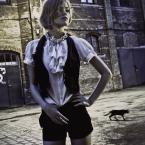 """aniut """"Opowieści z kotem w tle"""" (2010-08-06 22:26:43) komentarzy: 1, ostatni: fajnie ten czarny kot dopełnia kadr.."""