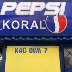 """miastokielce """"Ul. Akacjowa Kielce"""" (2010-10-18 11:35:05) komentarzy: 7, ostatni: Rozumiem, taki dodatek do Pepsi... x)"""