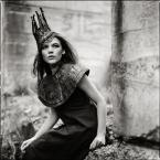 """LeszeK """""""" (2010-11-29 11:40:53) komentarzy: 30, ostatni: ...i była też królewna..."""