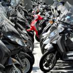 """tevye """"""""Motocykle są wszędzie"""""""" (2010-12-01 14:11:03) komentarzy: 2, ostatni: nie, parking"""