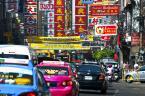 """PREZES LEI """"Bangkok\'s Chinatown"""" (2010-12-08 20:11:39) komentarzy: 1, ostatni: Reklamy zupełnie jak na Floriańskiej w Krakowie ;>"""