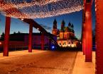 """ro4 """"Katedra"""" (2011-01-17 19:08:18) komentarzy: 3, ostatni: no fajne wykorzystanie tych paskudnych świątecznych lampek - jeszcze winieta i będzie pozamiatane"""