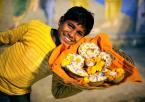 """Meller """"Kwiaciarz z Varanasi"""" (2011-01-27 03:31:51) komentarzy: 22, ostatni: a to sympatyczne"""
