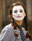 """ker-m """"Serduszko"""" (2011-03-09 19:37:25) komentarzy: 1, ostatni: lubię jej malowane rzęsy i serduszka po obu stronach ;)...szeleczki,paseczki,warkoczyki,krawaciki  i gumeczki ,milutkie :)))))))))))))000"""