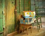"""macieknowak """"Bananas"""" (2011-04-05 23:29:39) komentarzy: 3, ostatni: klamka ,pudełko,drzwi ,krzesełko ,b.ładnie w kadrze gra"""