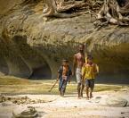 """wizental """"powrót z połowu"""" (2011-04-09 11:54:06) komentarzy: 31, ostatni: Andamany wyspy cudowne miałem tam być w tym roku no i sie nie udało. Ogladająć twoje portfolio jakbym siebie sledził....piękne"""