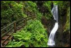 """Mnieteq """"*"""" (2011-06-05 13:53:39) komentarzy: 1, ostatni: faaaaaajne - 2 zakrętasy :) zakrętas schodów i zakrętas wodospadu :)"""