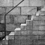 """macieknowak """"Kompozycja schodkowo-kwadratowa"""" (2011-06-24 01:07:44) komentarzy: 2, ostatni: O tym właśnie myślałam :)"""