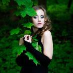 """fotozwierze """""""" (2011-06-24 21:46:04) komentarzy: 4, ostatni: Bardzo dobra praca. (Mimo że makijaż okropny - błękit wokół niebieskich oczu sprawia, że się rozpływają)."""