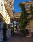 """andrzej.s """"Baden- Baden"""" (2011-07-10 21:13:24) komentarzy: 2, ostatni: słodko i nudno"""