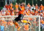 """Dawid Gaszyński """"Slask Wroclaw vs Dundee United"""" (2011-07-15 10:50:34) komentarzy: 2, ostatni: dobre, chociaz brakuje mi troche dolu, pionowego ujecia"""