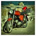 """fox78 """"czerwony motocykl"""" (2011-07-22 11:14:02) komentarzy: 1, ostatni: Fajne,  """"obrazkowe"""" ... lubię takie ... :)"""