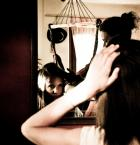 """ania wiech """"in the mirror"""" (2011-07-27 23:13:54) komentarzy: 1, ostatni: fajny klimat.... troche za dużo tu sie dzieje... full screen pomaga"""
