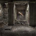"""Nickita """"\\"""" (2011-08-17 23:08:20) komentarzy: 3, ostatni: Mroczno az strach się bać.. :)) Bdb klimat !"""