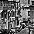 """aston martin """""""" (2011-11-01 20:34:27) komentarzy: 14, ostatni: eremita w równie cichym mieście....podoba się"""