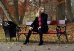 """Córka Rybaka """"***"""" (2011-11-08 22:45:05) komentarzy: 2, ostatni: drzewa w parku w tle, przygarbione"""