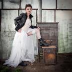 """fotozwierze """""""" (2011-12-01 19:27:21) komentarzy: 12, ostatni: Mała Lady Punk ... Fajne połączenie kontrastów socjologicznych z piecem na deser"""