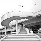 """m___m """"..."""" (2011-12-29 21:41:28) komentarzy: 4, ostatni: co takie miękkie te schody jak by je coś oblało lukrem? fajny kadr - mocno zepsuty :-("""