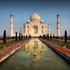 """Meller """"Ghosts of the Taj Mahal"""" (2012-03-05 21:38:54) komentarzy: 28, ostatni: Za biedroona... Ja bym nawet powiedział, że 97% kadrów z Taj to właśnie takie - ale nie wszystkim chce się wymazywać ludzi.... i podkręcać sztucznie kolory - bo te chodniki takie krwistoczerwone to nie są..."""