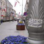 """miastokielce """"Ul. Sienkiewicza; Kielce"""" (2012-04-29 21:39:36) komentarzy: 1, ostatni: to oni już muszą taką propagandę siać żeby przyszedł ktoś i rzucił coś na tacę...?!"""