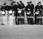 """IV Król """"bez tytułu"""" (2012-05-05 00:39:14) komentarzy: 21, ostatni: Tylko nazwa się zmieniła z milicji na policję ."""