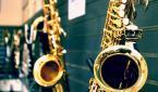"""tombrist """".."""" (2012-07-05 02:06:27) komentarzy: 4, ostatni: aha saksofon ..puzon wyglada inaczej...."""