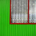 """miastokielce """"Ul. Solna; Kielce"""" (2012-08-01 00:47:34) komentarzy: 1, ostatni: szkoda że okno zostało obcięte, ale kolorystyka przykuwa oko. Za to okno dał bym jedynie ocenę 6 :)"""