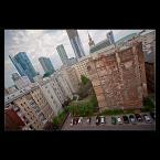 """Mieszko Pierwszy """"Warszawa - To nie jest takie proste ..."""" (2012-08-11 15:00:49) komentarzy: 7, ostatni: Za przedmówcami - zbyt przemielone. Za to + za pomysł na kadr."""