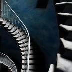 """asiasido """"niebieska klateczka 7"""" (2012-09-02 20:46:29) komentarzy: 24, ostatni: iluminacje...idziemy...schodów tyle tysiąc...krok, jak zielona mila"""
