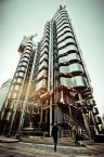 """mikerus """"Tech City"""" (2013-02-27 19:46:40) komentarzy: 1, ostatni: wygląda jak jakaś futurystyczna wieża destylacyjna :)"""