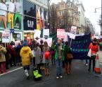 """f a b r o o """"Million Women Rise ...przemarsz w Londynie.9.03.13"""" (2013-03-22 21:11:37) komentarzy: 4, ostatni: Ćhyba się zatrzymały na czerwonym świetle....;)"""