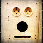"nomaderro ""poker face"" (2013-03-27 21:44:14) komentarzy: 13, ostatni: eee tam ... Denna fota ... ;)"