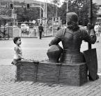 """Maciej Konopka """"Mała fascynacja....."""" (2013-04-07 10:26:57) komentarzy: 18, ostatni: Pan tu długo tak siedzi ?"""