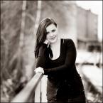 """Młodzian """"Szkoła portretowania ciąg dalszy..."""" (2013-04-13 22:31:09) komentarzy: 10, ostatni: modelka piękna - zresztą jak każda kobieta....proszę cię nie oszpecaj jej więcej światłem"""