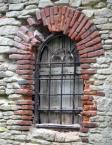 """opty49 """""""" (2013-08-06 22:23:47) komentarzy: 2, ostatni: Nawet, jeśli okno ujęte jest ukośnie, powinno być sprowadzone do pionu."""