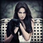 """storms """"Ala ma kota.."""" (2013-08-08 20:48:27) komentarzy: 4, ostatni: piękny kot, piękna Ala z powalającym spojrzeniem i super fot"""