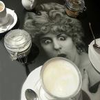 """carewna """"Coffee?"""" (2013-09-27 20:54:22) komentarzy: 3, ostatni: Miras40[ 2013-09-28 17:56:56 ] kobiecie może i zaszkodzi, zależy jakiej... papajedi[ 2013-09-28 19:02:50 ] IDEALNIE"""