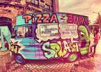 """Paweł C. """"pizza from beetle"""" (2013-10-16 11:09:57) komentarzy: 7, ostatni: kapie pewnie z tej rurki :)"""