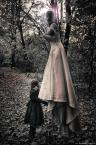 """Wieczorynka """"Sympathy for the soul"""" (2013-10-25 19:14:59) komentarzy: 2, ostatni: Budząc się ze snu czuję w pobliżu jej obecność / Diabeł stropiony, wszędzie w koło życzliwość / Jestem tylko jej dzieckiem, mojej  bogini, / Opiekunki w  mej podróży przez świat."""