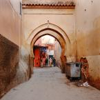 """asiasido """"Marrakesz 2"""" (2014-02-11 17:31:27) komentarzy: 4, ostatni: Tomcha - śmietnik jak śmietnik i nawet pasuje do tej dziury w ścianie, takie miejsce taki klimat ;)"""