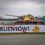 """miastokielce """"Ul. Na Ługach; Kielce"""" (2014-03-18 17:58:58) komentarzy: 4, ostatni: ruskie sklep otwierają"""
