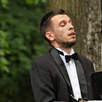 """Andres42 """"Pianista"""" (2014-07-17 22:07:45) komentarzy: 11, ostatni: Odpowiem tak samo... masz prawo tak myśleć."""