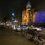 """K_rzychu """"Berlin"""" (2014-10-04 21:28:58) komentarzy: 7, ostatni: SŁAWEK: bomba zapewne lub pocisk jakiś ją ugryzł. Pamiątka po wojnie. Zobacz na poprzednich zdjęciach. Pozdrawiam"""